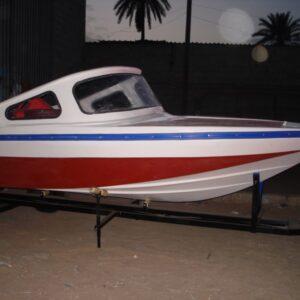 قارب صنع محلي حسب الطلب  موديل 0001