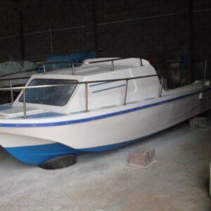 قارب صنع محلي حسب الطلب موديل 0003